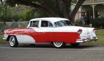 Tommy and Carol's 1955 Custom Clipper